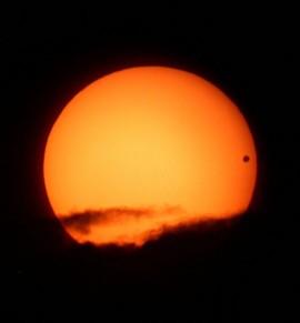 Ce mois-ci est votre dernière chance de voir Vénus croiser le soleil avant 2117.