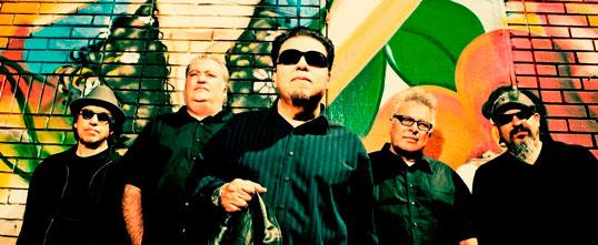 Los Lobos est un des groupes qui se produira au Surrey Fusion Festival.