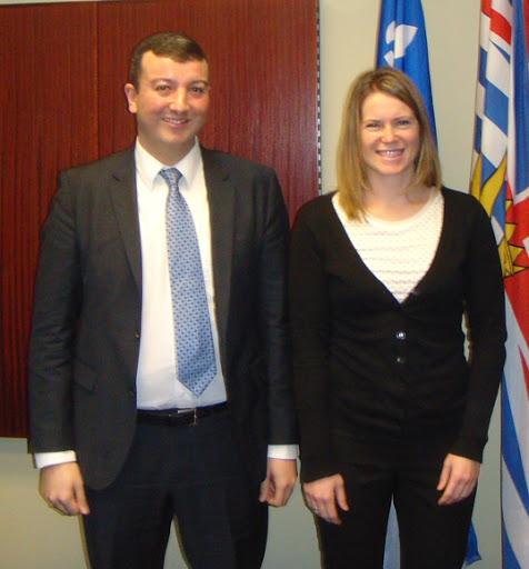 Damien Pereira et Elisabeth Le François de l'Antenne du Québec à Vancouver. Photo par Jean-Baptiste Lasaygues