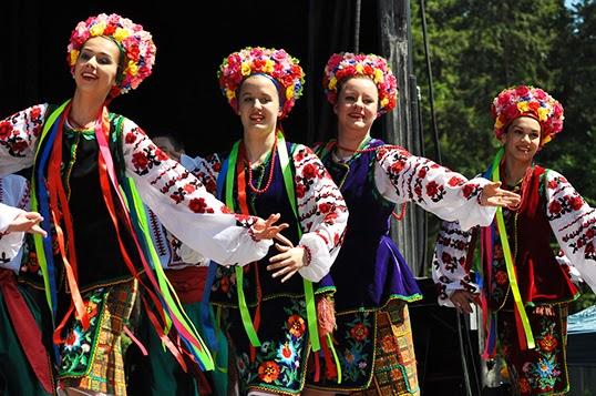 Des danses traditionnelles de nombreux pays européens animeront le festival | Photo par Eurofest BC Society