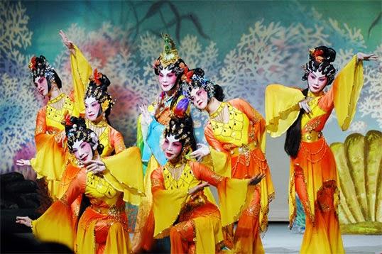 La troupe du Vancouver Cantonese Opéra. - Photo par Vancouver Cantonese Opera
