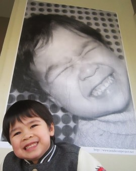 Des éleves de l'école élémentaire Strathcona se sont facilement prêtés au jeu des portraits.