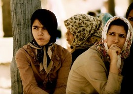 Impression de doute dans le regard de ces femmes | Photo par Mohammad Ali, Flickr