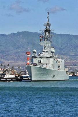 Le HMCS Algonquin était l'un des navires canadiens impliqués dans la collision de 1er septembre | Photo par U.S. Pacific Fleet, Flickr