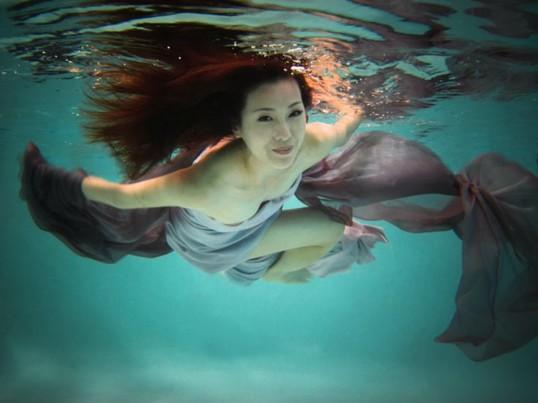 Beata Kacy, une des artistes qui participe au Eastside Culture Crawl, s'inspire des fonds marins. | Photo par Beata Kacy