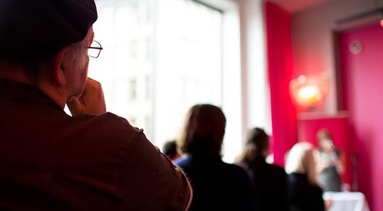 Un café pour s'ouvrir au dialogue et partager et partager ses doutes et ses croyances | Photo de SFU