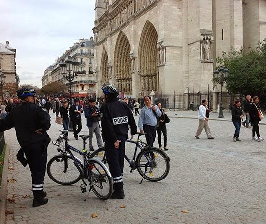 Les rues de Paris découvrent le tourisme chinois.