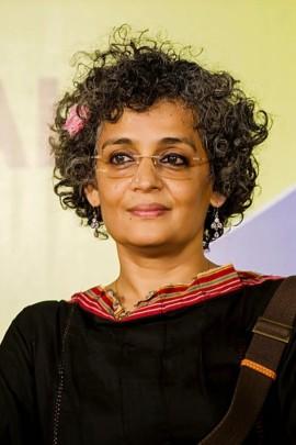 Arundhati Roy, écrivaine et activiste invitée par le Indian Summer Arts Society.   Photo de Indian Summer Arts