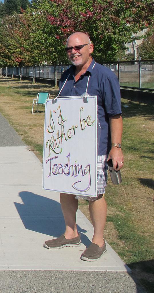 Retour en classe pour un enseignant grèviste. | Photo par Bryan Jackson