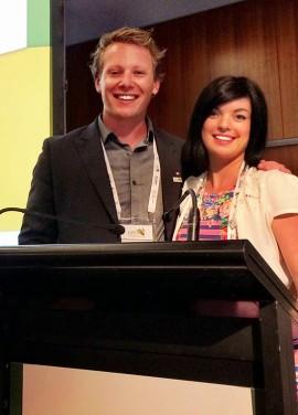 Deux participants canadiens au sommet de l'AJE de juillet dernier en Australie.