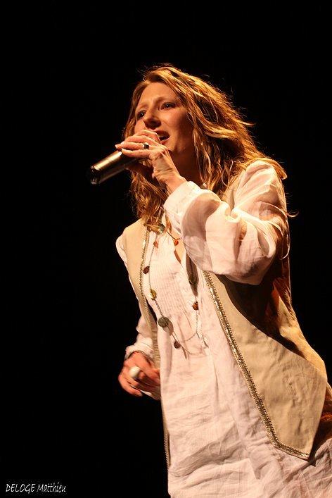 Ella Ozz | Photo par Mattiéu Deloge