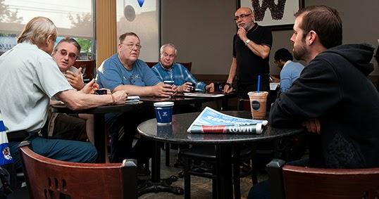 C'est sur le thème du cadeau que le Café Philo de SFU s'attardera le 16 décembre. | Photo par Greg Ehlers