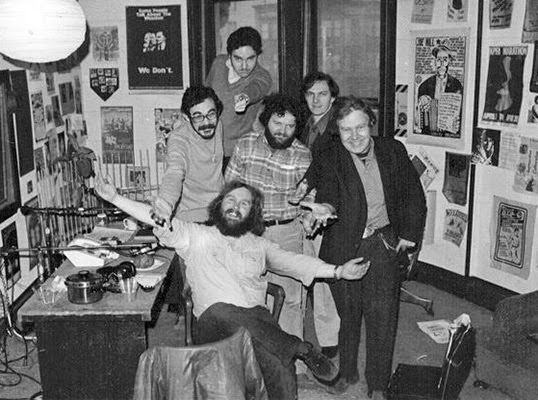 La famille Co-op Radio en 1978. | Photo par Co-op Radio Archives