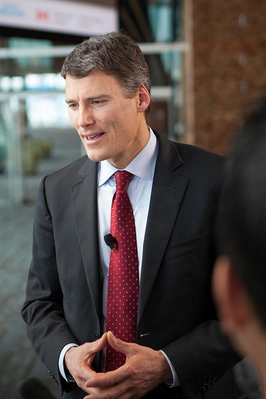 Le maire Gregor Robertson, offusqué par l'article de The Economist. | Photo par Rishad Daroowala