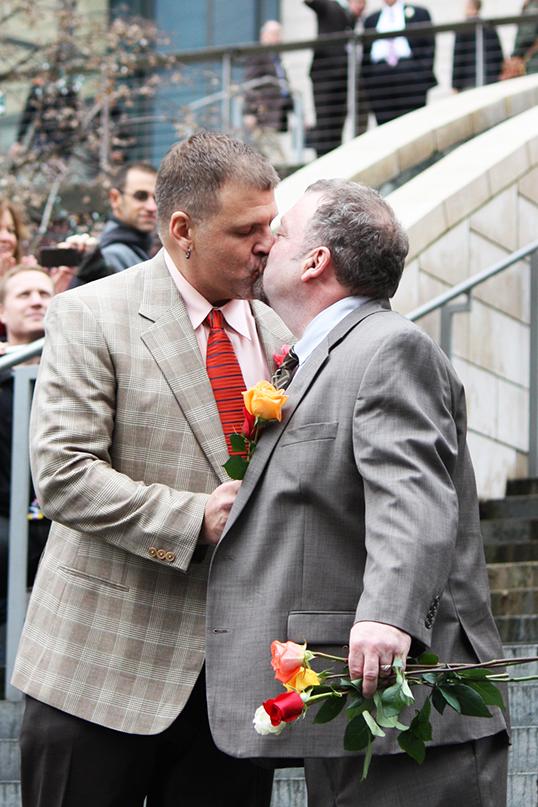 La Colombie-Britannique a été la deuxième province canadienne à autoriser les gays à se marier. C'était en juillet 2003. | Photos par Brian Chilson