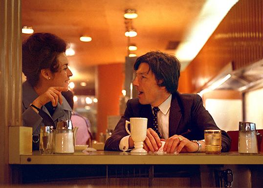 En plein conversation... | Photo par Dave Gilbert