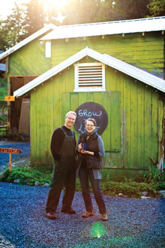 Victor Vesely et Margit Nellemann, les propriétaires de Teafarm. | Photo de teafarm