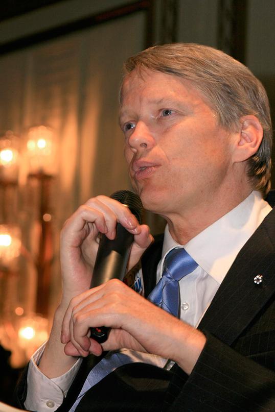 Sam Sullivan, ancien maire de Vancouver. | Photo par Mark Kinskofer