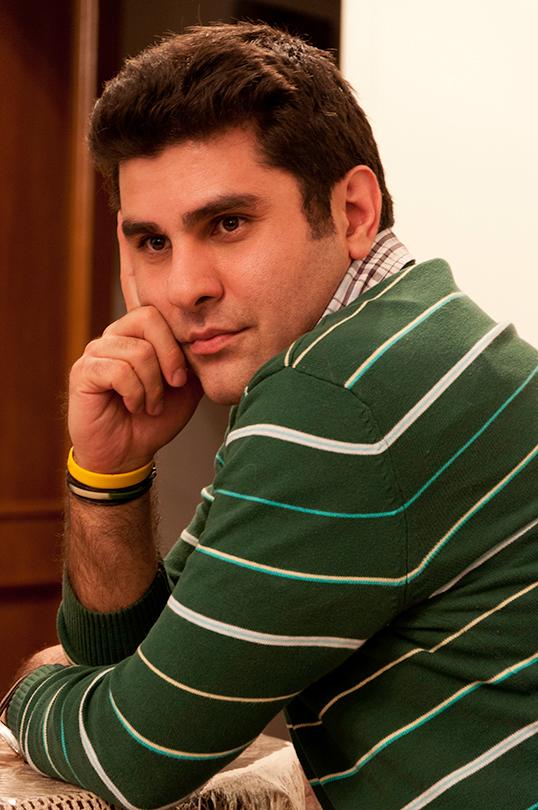 L'auteur Nassim Soleimanpour.