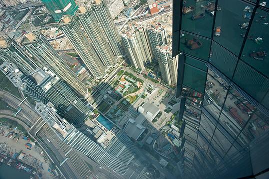 Vue aérienne de la ville de Hong Kong. | Photo par Barbara Willi