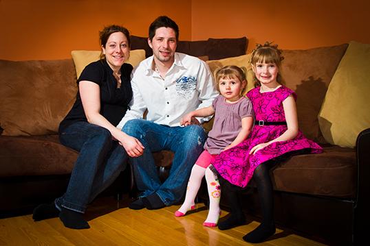 La plupart du temps, les couples exogames tiennent à ce que leurs enfants grandissent dans les deux langues qui définissent leur famille.