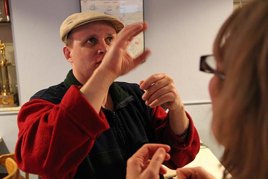 La culture des sourds et des malentendants ne s'illustre pas que dans l'apprentissage du langage des signes.