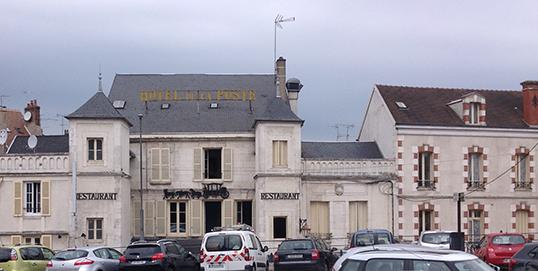 Hôtels bon marché dans les petites villes de province.