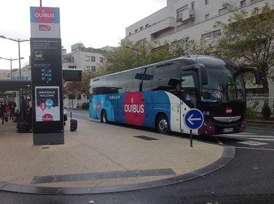 Les omnibus sillonnent l'Europe à bas prix.