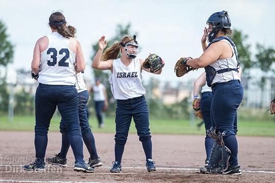 L'équipe d'Israël participera pour la première fois de son histoire à un championnat du monde féminin de Softball, tout comme dix autres nations. | Photo par Dirk Steffen