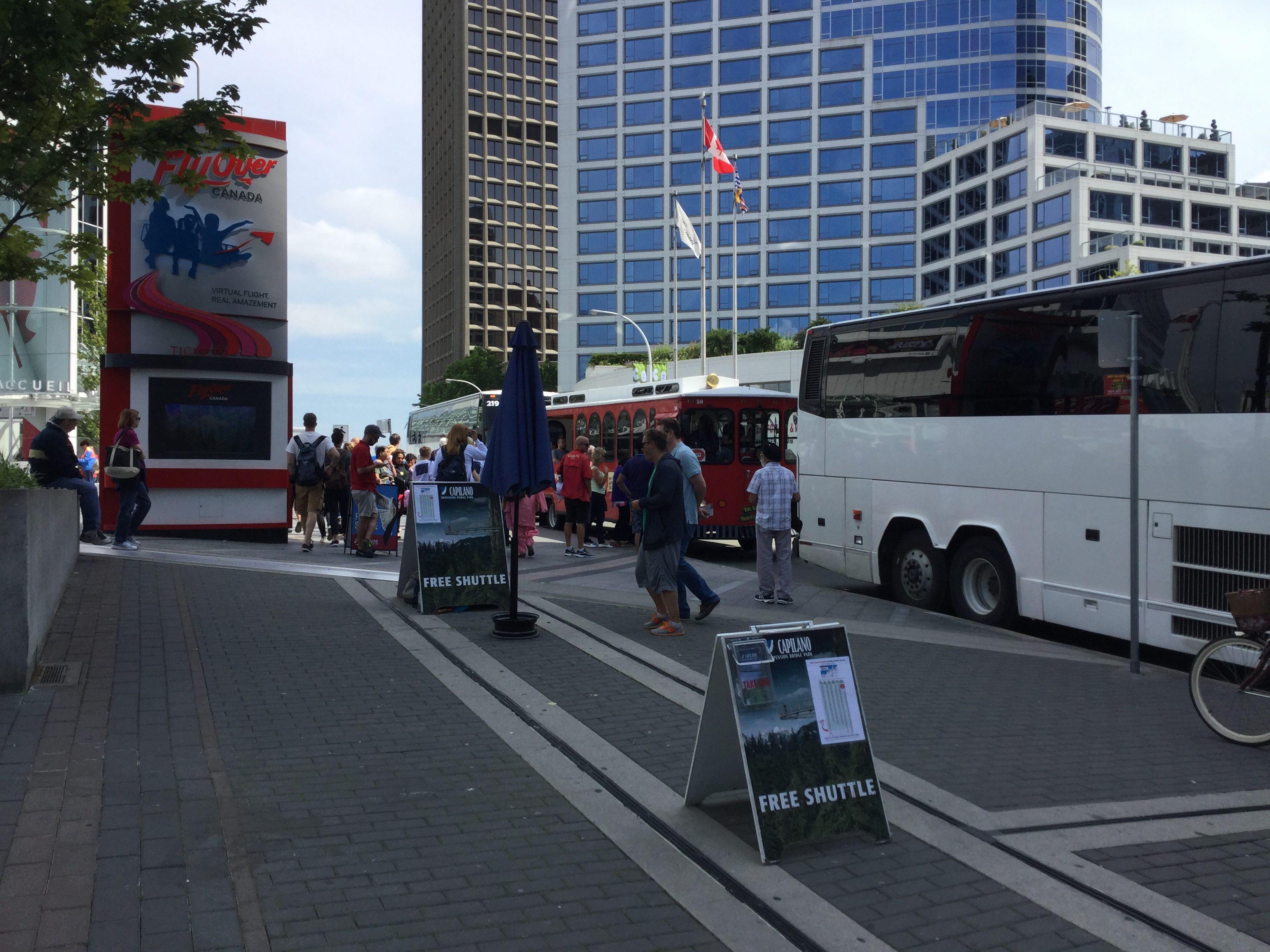Touristes à Vancouver. | Photo par Pascal Guillon