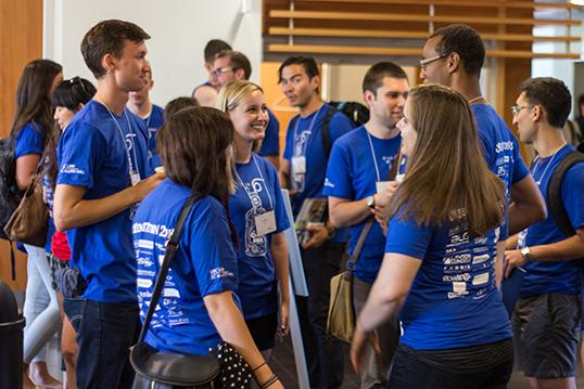Les nouveaux étudiants sont orientés dès la rentrée universitaire. | Photo par Curtis Jones